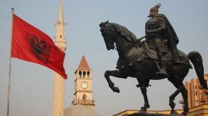 Албания планирует отменить визы на период летних отпусков