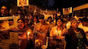 Одиноким женщинам не безопасно находиться в Индии