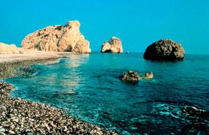 На морских курортах Кипра открылся туристический сезон