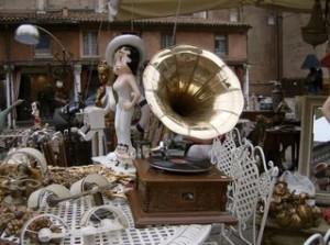Благотворительная акция пройдет на популярном блошином рынке Мадрида