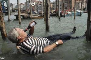 Венецианских лодочников-гондольеров будут проверять на трезвость