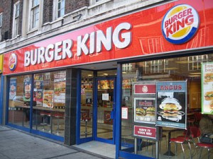 Ouverture-dun-Burger-king-à-Paris-le-21-mars-
